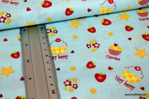 Baumwolle | bedruckt | Very berry Cupcake | babyblau