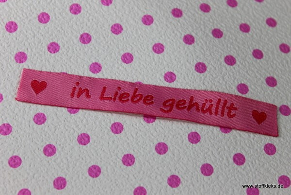 Applikation | Label | in Liebe gehüllt | rosa
