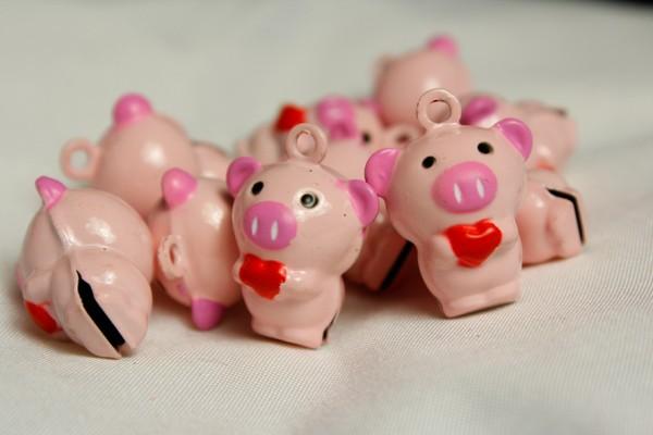 Glöckchen | Schwein mit Herz