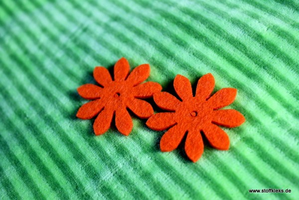 Filzapplikation | Blume mit 9 Blüten | orange