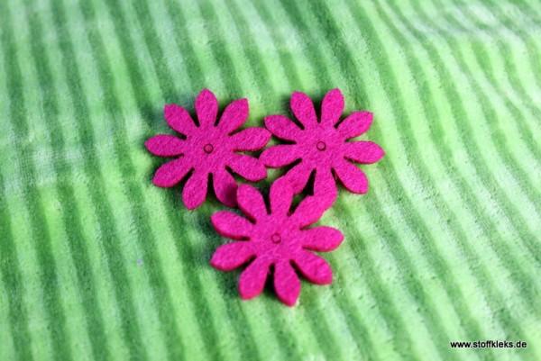 Filzapplikation | kleine Blume mit 9 Blüten | pink