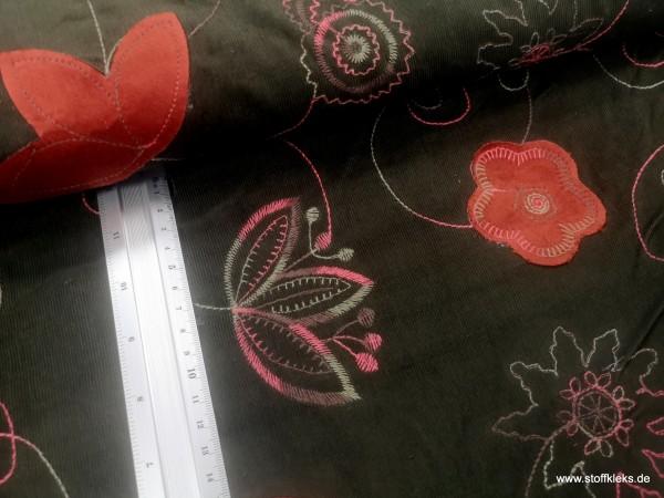 Babycord | bestickt | Appli -Blumen | schlammgrün