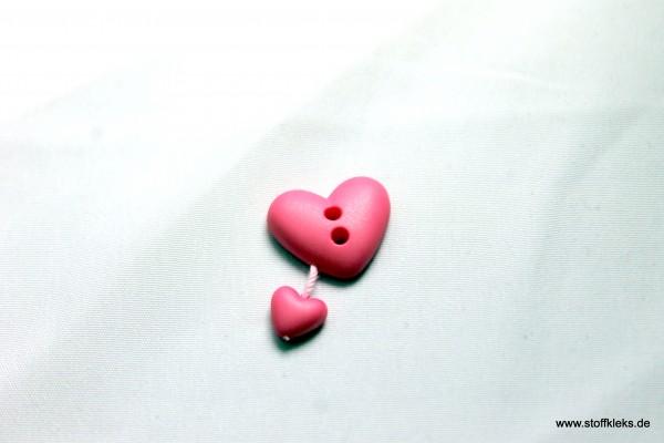 Knopf | Kunststoff | Herz an Herz | pink | 1,5 x 1,2 cm
