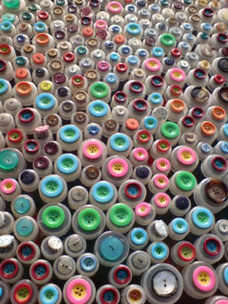 Überraschungspaket 200 gefüllte Knopfröhrchen