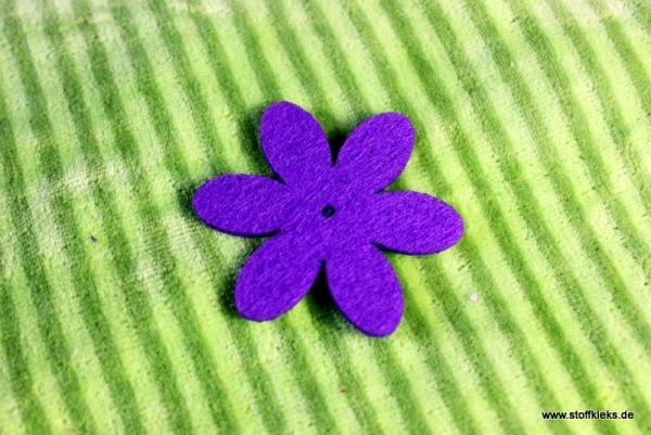 Filzapplikation | Blume mit 6 Blüten | lila